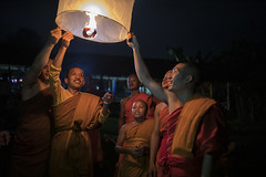 Celebrating the end of the 3-month Buddhist Lent in Vang Vieng, Laos (Tim van Woensel) Tags: monks monk buddhist lent celebrating celebration awk phansa vang vieng smiles fire festival laos south east asia travel vientiane province