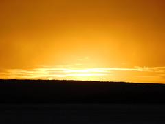 Goldener Himmel (elisabeth.mcghee) Tags: sonnenuntergang sunset abendhimmel landschaft landscape winter wintersonne winterlandschaft schneelandschaft snow schnee himmel sky clouds wolken orange wald forest