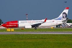 Boeing 737-800  EI-FVM — Norwegian Air International (Wajdys) Tags: boeing 737800 eifvm norwegianairinternational airplanes aircrafts prglkpr letadla gear wheel b737 b737800 cockpit b738 series800 cn42277 spotter spotters planespotting vaclavhavelairportprague ruzyně ruzyne pragueairportruzyne pragueairport eu europe czech czechia flight runway travel transport 2engines jet departures arrivals boeing737 photo photography photographer airfleets airliners avión aviones plane planes boeing737800 flickr amazing invitation followme grass airplane sky road field aircraft taxiing