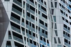 pattern (Karl-Heinz Bitter) Tags: architektur europa holland niederlande rotterdam architecture europe nederland netherlands karlheinzbitter fassade facade metal fenster windows