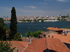 Constantinople. Golden Horn. The roofs of the Fatih quarter. (pawelfilipczak) Tags: constantinople byzantium art architecture istanbul