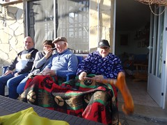 grada jove (Joan Pau Inarejos) Tags: divertidas bastón móvil aniversari cumpleaños papa paco 62 2019 febrer febrero ordal familia família familiars familiares