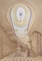 Dublin City Hall (lfeng1014) Tags: dublincityhall cityhall dublin statue sculpture stairs architecture structure canon5dmarkiii ireland republicofireland travel lifeng ef815mmf4lfisheyeusm
