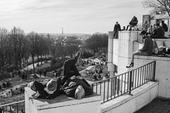 Parc de Belleville - 2019 (rfigueiredo75) Tags: paris france fr people streetpassionaward noirblanc blackwhite street