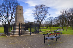 Cenotaph, Levengrove Park (Joe Son of the Rock) Tags: cenotaph warmemorial park publicpark levengrove levengrovepark dumbarton bench monument memorial poppy