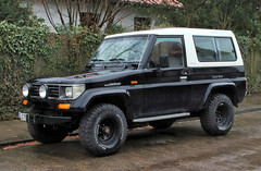 Land Cruiser Turbo (Schwanzus_Longus) Tags: delmenhorst german germany japan japanese old classic vintage car vehicle 4x4 awd 4wd offroad offroader toyota land cruiser turbo