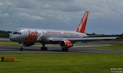 1987 vintage 757-200 G-LSAH at Manchester (Tim R-T-C) Tags: 757200 boeing boeing757 glsah jet2 manchester manchesterinternationalairport aircraft airliner airplane aviation civilaviation cn24015