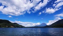 本栖湖 Lake Motosu (T.Muratani) Tags: 山梨県 夏 富士山