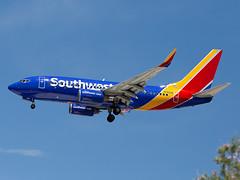 N7864B (ChrischMue) Tags: southwest airlines boeing b7377q8wl las vegas mccarran international klas n7864b