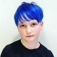 Ripley's True Blue Hair (tarabrown) Tags: tokyo bluehair