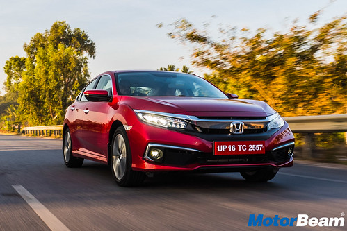 2019-Honda-Civic-27