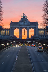 Brussels's Sunrise (Fab Boone Photo) Tags: sunrise sun brussels city belgium fabien boone fabienboone photography sky ctones colors beatiful fabboone