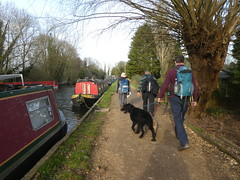 UK - Hertfordshire - Near Broxbourne - Walking along Lee Navigation (JulesFoto) Tags: uk england ramblers capitalwalkers hertfordshire broxbourne walking leenavigation