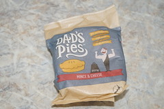 Dad's Pies Mince and Cheese (Like_the_Grand_Canyon) Tags: new zealand neuseeland kiwi christchurch food essen meal nz december 2018 vacation travel holiday