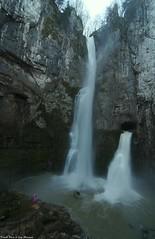 Guy au pied des Cascades du Creux Billard (francky25) Tags: guy au pied des cascades du creux billard franchecomté doubs