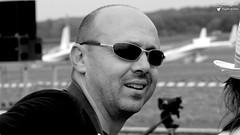 Christian (Laurent Quérité) Tags: canonfrance canoneos7d canonef100400mmf4556lisusm portrait homme man noirblanc blackwhite meetingaérien airshow avignoncaumont france canonflickraward