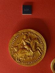 1268-1299 - 'replica seal of Lodewijk/Louis V of Loon, count of Chiny', Le Musée gaumais, Virton, province of Luxemburg, Belgium (roelipilami (Roel Renmans)) Tags: 1268 1299 replica seal zegel copy sceau siegel knight ritter chevalier ridder caballero sello louis lodewijk v looz loon chiny graaf count comte de graf von museum musée gaumais virton luxembourg belgique belgië belgium heaume great helm topfhelm pothelm crest zimier cimier barbel shield caparison heraldry sword hauberk surcoat surcotte wappenrock waffenrock schild zwaard conde alden biesen 1000 jaar bilzen chauvency tournament tournoi toernooi county cotte mailles chausses mail armor armour armure harnas rüstung kettenhemd