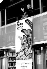 cartacanta giallocarta 218 (enricoerriko) Tags: enricoerriko erriko enrico giallocarta cartacanta 2018 portocivitanova civitanovamarche marche italia italy italie giallo noir porto mare sea tanodamico tano davide mecozzi biblioteca zavatti libera architetto festival cultura fotografia fumetto thriller premio concorso letterario creatività mama