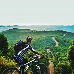 Happy New Biking Year! We wish you great trails and roads for your ultimate cycling experience during the new season. Frohes neues Bike-Jahr! Wir wünschen Dir beste Trails und Straßen für unvergessliche Ausfahrten im neuen Jahr. #konstructive.de #mountain