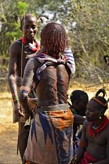20180925 Etiopía-Turmi (820) R01 (Nikobo3) Tags: áfrica etiopía turmi etnias tribus people gentes portraits retratos culturas tradiciones escarificaciones travel viajes nikon nikobo joségarcíacobo social nikond610 d610 nikon247028 hamer