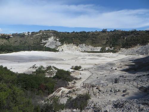 Vue générale, cratère du volcan, la Solfatara, Pouzzoles, Campanie, Italie.