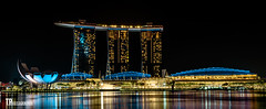Marina Bay Sands @ Singapore (Tim Benedict Pou) Tags: singapore asia asien buildings china far east ferner osten fernost gebäude landschaft skyline hochäuser holiday landscape roadtrip skyscraper trip vacation himmel stadt hotel singapur 2018 marina bay sands nikon d750 tamron sp2470