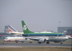 Aer Lingus 767-500 'EI-BXG' (Longreach - Jonathan McDonnell) Tags: aerlingus slide scanfromaslide 1990s 1991 492035 01021991 boeing 737 eibxg