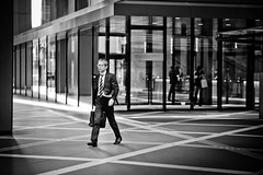 In Tokyo's business district (Camera Freak) Tags: 190405shibuyam102019tokyoshibuyaleicam10 salaryman businessman officeworker suit businessdistrict briefcase tokyo city financial otemachi japan leica m10 90mm summicron