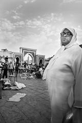 Maroc - Fez El Bali - Bab Rcif (regis.grosclaude) Tags: babrcif gate fez elbali medina fes maroc morocco djelaba marché porte