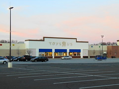 """Vacant Toys """"R"""" US (Manchester, Connecticut) (jjbers) Tags: manchester connecticut vacant closed abandoned toys r us buckland hills plaza"""