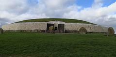 Ireland's Ancient East (MargrietPurmerend) Tags: brunaboinne irelandsancienteast valleyoftheboyne ireland neolithical newgrange meath