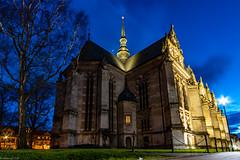 Hauptkirche blaue Stunde (carsten.plagge) Tags: 2019 a6300 cp55 carstenplagge fachwerk februar samyang sonnenuntergang sony wolfenbüttel blauestunde