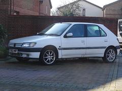 1996 Peugeot 306 1.9XTDT (Neil's classics) Tags: vehicle 1996 peugeot 306 19xtdt 1905cc abandoned