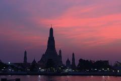 鄭王廟 (aaaaa1903) Tags: 泰國 曼谷 鄭王廟 黎明寺 昭披耶河 thailand bangkok watarun templeofdawn sunset