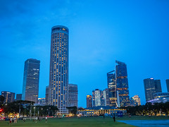 Padang in blue hour (Thanathip Moolvong) Tags: singapore centralregion sg padang evening relax hangout blue outdoor openspace building light