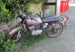 1983 Suzuki GP 125 (occama) Tags: a371vgl 1983 suzuki gp 125 old bike cornwall uk cornish patina rust small learner