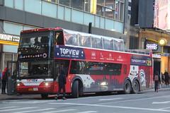 IMG_4675 (GojiMet86) Tags: mciz corporation go tours top view coach usa megabus nyc new york city bus buses 2009 td925 339 unknown 8th avenue 42nd street ye2dg11b492042438