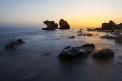 _DSC2664 (fjsmalaga) Tags: tarifa mar rocas rocallas agua atardecer noche cielo crepusculo amanecer calido