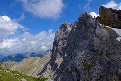 Mittenwald - Karwendelspitzen (cnmark) Tags: germany deutschland bayern bavaria mittenwald karwendel westliche karwendelspitzen clouds wolken blue sky outdoors mountans mountain range gebirgskette alpen alps landscape ©allrightsreserved