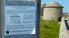DSCN6125 (2) Barfleur (Manche) (Thomas The Baguette) Tags: barfleur montfarville valdesaire rape colza cotentin manche lamanche lemoulard lasambiere calvaire oratoire crabec moulin