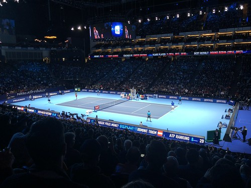 Roger Federer vs. Dominic Thiem at the ATP Tennis Finals