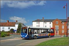 36767, Daventry (Jason 87030) Tags: e200 enviro stagecoach oxford banbury northants northamptonshire daventry town london road red hite blue orange 200 2019 sunny wheatsheaf court uk weather