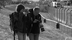 Lyne & André (Laurent Quérité) Tags: canonfrance canoneos7d canonef100400mmf4556lisusm noirblanc blackwhite portrait homme femme man woman photographe boldor2017 circuitpaulricard lecastellet france