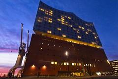 Elbphilharmonie (MiBro) Tags: elbe hamburg elphi elbphilharmonie sonnenuntergang sunset germany konzerthalle concerthall blauestunde