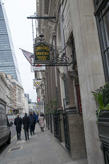 DSC_3472 City of London Simpson's Tavern Established 1757 The Oldest Chophouse in London Ball Court 38½ Cornhill (photographer695) Tags: city london simpsons tavern established 1757 the oldest chophouse ball court 38½ cornhill