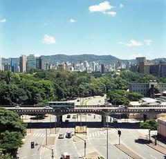 img116 (Buenos Aires loucoporanalogicas) Tags: yaschica mat 124 g b kodak ektar 100 belo horizonte