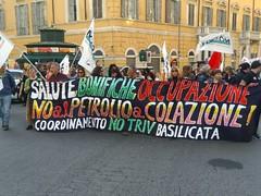 Roma, #23m per il clima e contro le grandi opere (Zeroincondotta) Tags: roma 23m climatechange ambiente earth