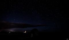 plage bretonne de nuit (Gpaul08) Tags: night nuit nuage nightscape landscape paysage plage phare lighthouse canon ciel cloud canon6d astrophoto astronomie bretagne finistère étoile stars beach sky