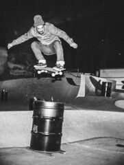 Nishika N8000 - Roll1_TonyEllisBurnsideBarrel (Slumworm) Tags: nishika n8000 n9000 animated gif 3d photo filmphotography 35mm half frame burnside skatepark skateboarding