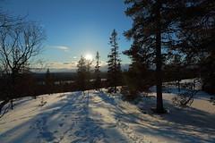 Ylläs Scenic road_2019_04_09_0052 (FarmerJohnn) Tags: lappi lapland suomi finland äkäslompolo ylläsjärvi pohjoinen north arctic arktinen kevät spring huhtikuu april hiihto skiing crosscountryskiing maisema view scenic näköala loma holiday holidayresort tunturi mountain fell aurinkoinen sunny 2019 canon canoneos5dmarkiii canonef1635l28iiusmjuhani anttonen